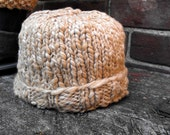 Naturally Undyed Orgnanic Cotton Knit Cap in Oatmeal Size 0 to 6 months