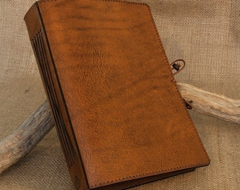 A5, Medium, Brown Leather Journal, Vintage Brown, Classic Journal, Bound Journal, Blank Book, Leather Notebook, Travel Journal, Initials.
