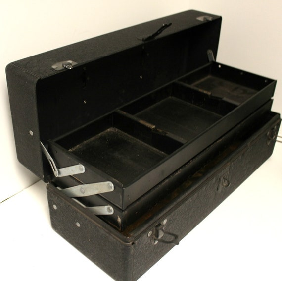 Vintage Tackle Tool Box Walton Grip Loc Lock Industrial Black Sturdy Storage