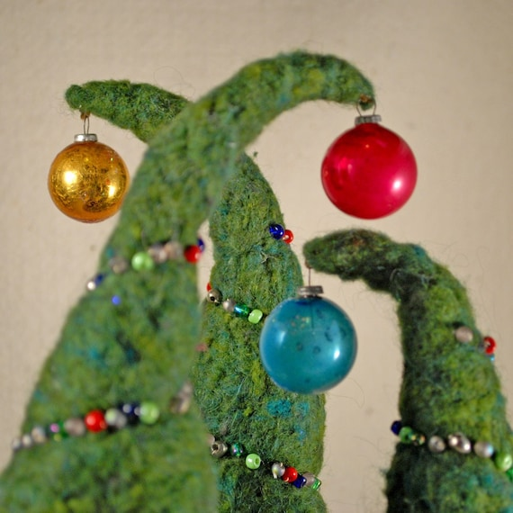 One felted and beaded Christmas tree with vintage christmas decoration and brass base (R)(1)