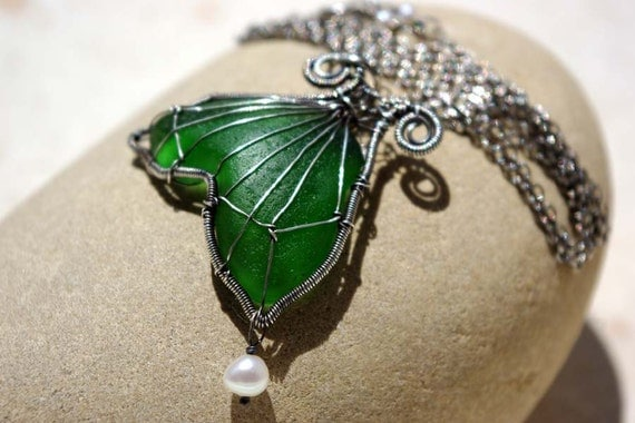 GREEN mermaid's tail wire wrapped seaglass necklace.