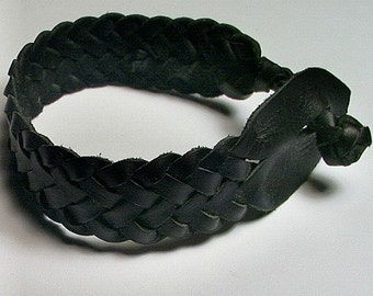 Celtic Herring Bone in Black Spanish Leather Anklet