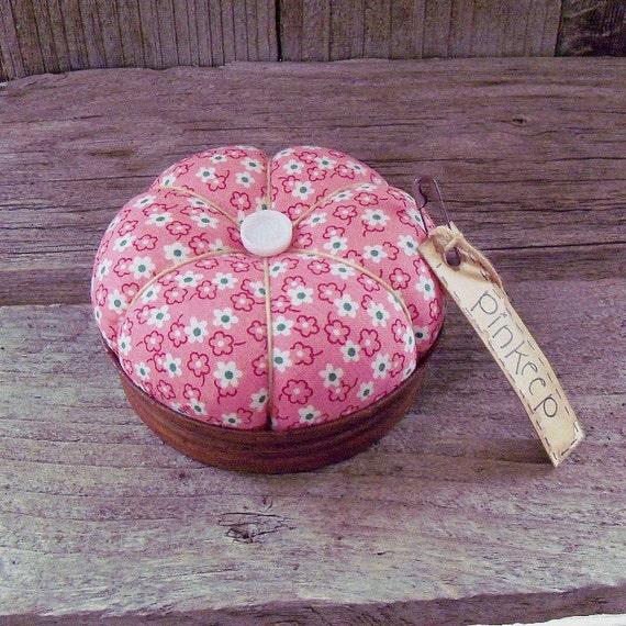 Bright Pink and Green Mason Jar Lid Pincushion