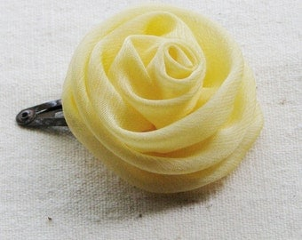 Rose hair clip, in creamy pastel yellow chiffon, small