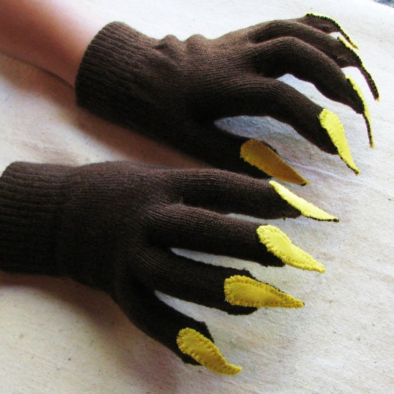 RESERVED for Eryka: Gloves with claws, brown and yellow, one size