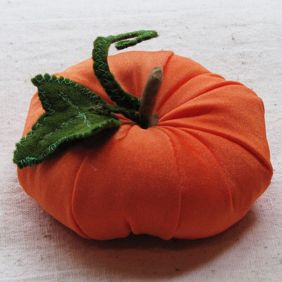 Autumn pumpkin table decoration - soft fabric pumpkin, small pumpkin for your Halloween or Thanksgiving table, 3 inches