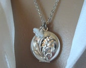 Lily of the Valley, LOCKET, Lily of the Valley Necklace, Lily of the Valley Bouquet, Silver Locket Necklace, Ladies Locket