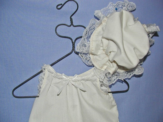 """Old Fashioned Slip and Mob Cap for 18"""" Doll"""