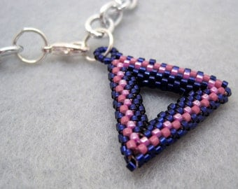 Silver Chain Links Necklace - Tubular Peyote Triangle Charm - Light Dark Purple by randomcreative on Etsy