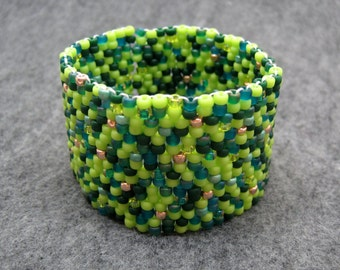 Beaded Cuff Bracelet - Touch of Gold Spring Green by randomcreative on Etsy