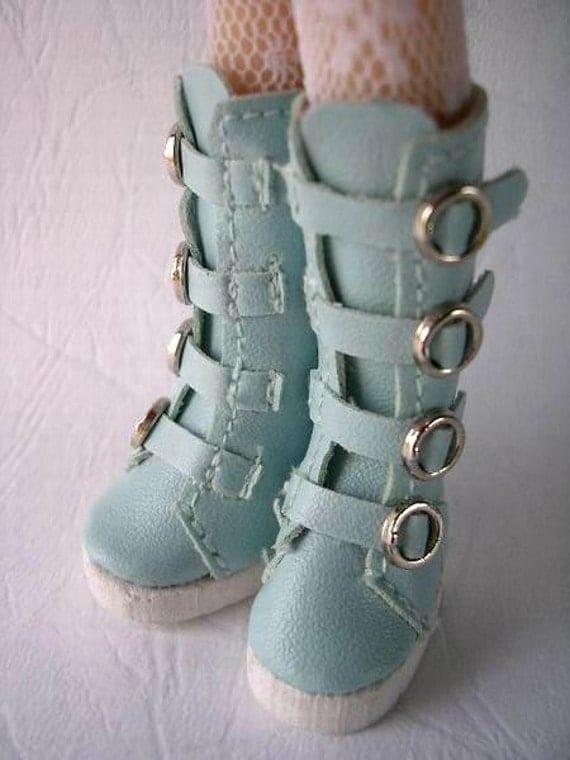 Blythe Boots (Blue NaNa)