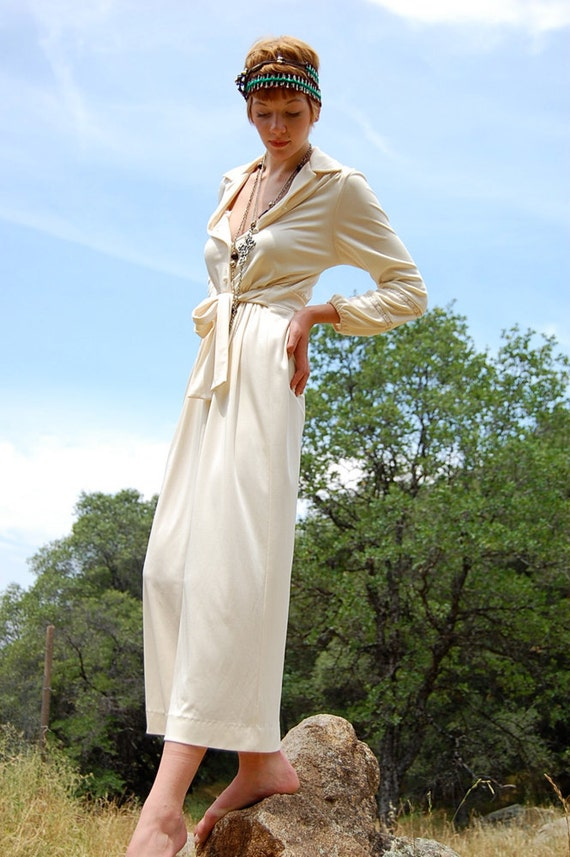 Vintage 70s Cream Crochet Cinched Boho Hostess Slinky Draped Cocktail Maxi Dress