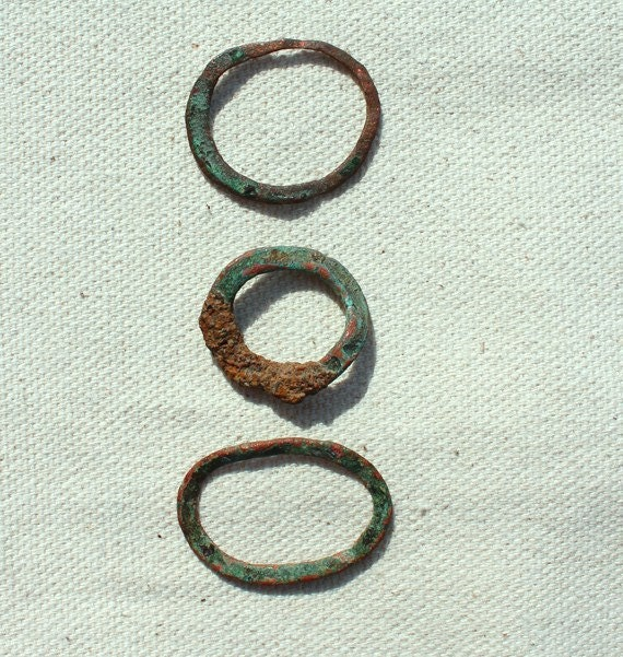 Three Copper Rings Found on Beach, Metal Sea Glass, Beachcombed Vintage Metal Findings for Jewelry, Craft