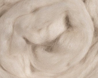 Blue Face Leicester/ Wool Top/ 16 oz/ Felting/ Needle Felting/ Undyed Roving/ Roving/ Alba Ranch/ Spinning Roving/ Spinning Top/ Combed Top