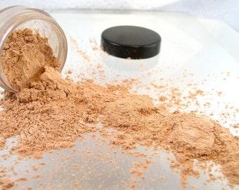 Vegan Mineral Eye Shadow Creme Brulee 5 gram jar ( apprx. 2 grams)