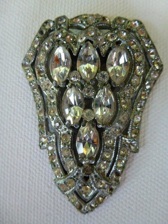 Vintage Rhinestone Pendant Brooch Clip