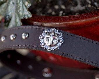 Leather Dog Collar // Dog Collar // Leather Collar // Leather Pet Collar // Cross Concho Collar // Puppy Collar // Custom Leather Dog Collar