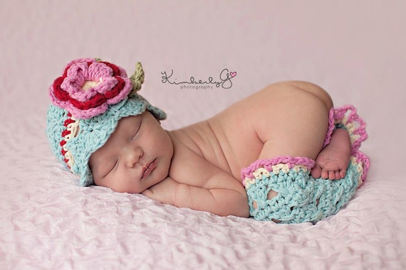 Newborn crochet hat, crochet legwarmer set Tiffany Crochet Hat and legwarmers aqua, red, hot pink newborn photography prop