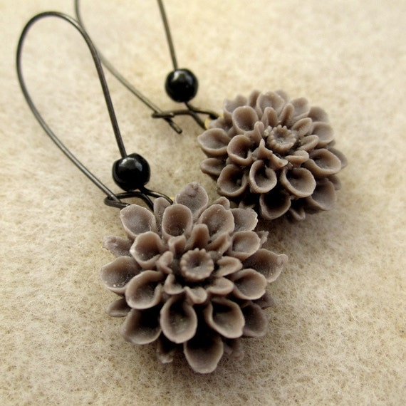 Addison Mum Earrings - CLEARANCE 50% off Brown chrysanthemum