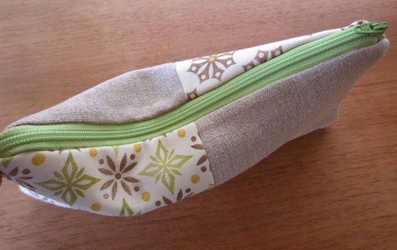 Zipper pouch with handprinted fabric