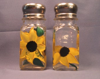 Sunflower Hand Painted Salt and Pepper Shakers