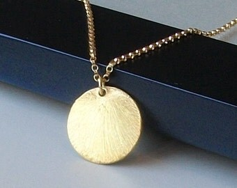 LAST ONE Circle Necklace in Gold