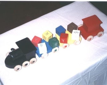 Wooden Toy Train 4 Car With Spinning locks Hand Crafted & Handpainted