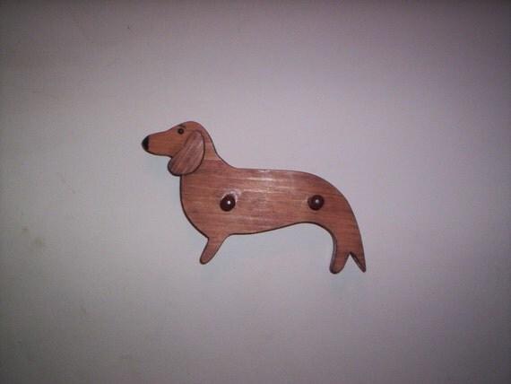 Dachchund leash/key holder, profile