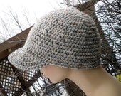 Baseball style crochet unisex brimmed hat in grey marble