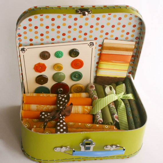 Vintage Fabric and Buttons - Ready, Set, Go