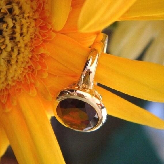 Ara, 18k Gold and Pyrope Garnet Handforged Ring, Ready to Ship