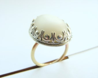 Pebble metalwork ring - real beach pebble cabochon sterling silver - White Pebble Ring - Sterling Silver Pebble Ring