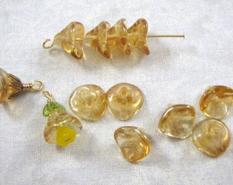 Jonquil Topaz Luster 3 Petal Flower Glass Beads, 25