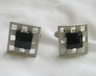 Black Glass Faux Onyx and Silver Tone Metal Cuff Links Vintage Mad Men
