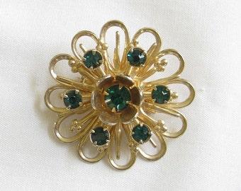Vintage Emerald Green Rhinestone Flower Brooch or Pin