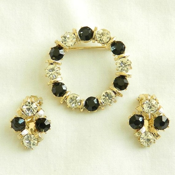 Vintage Black and Clear Rhinestones Circle Brooch and Earrings Set or Demi Parure
