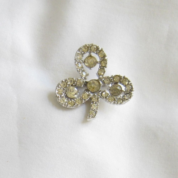 Vintage Silver Tone With Clear Rhinestones Shamrock Brooch or Pin