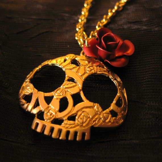 Day of the Dead Necklace gold rose