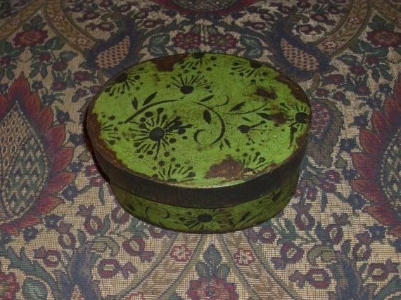 Paper Mache Vintage Spring Green Vine Box