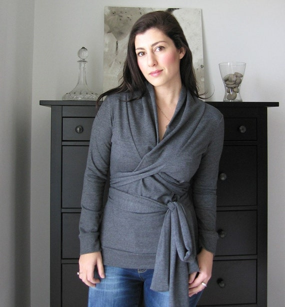 7 ways to wear wrap top with shawl collar , grey melange sweatshirt