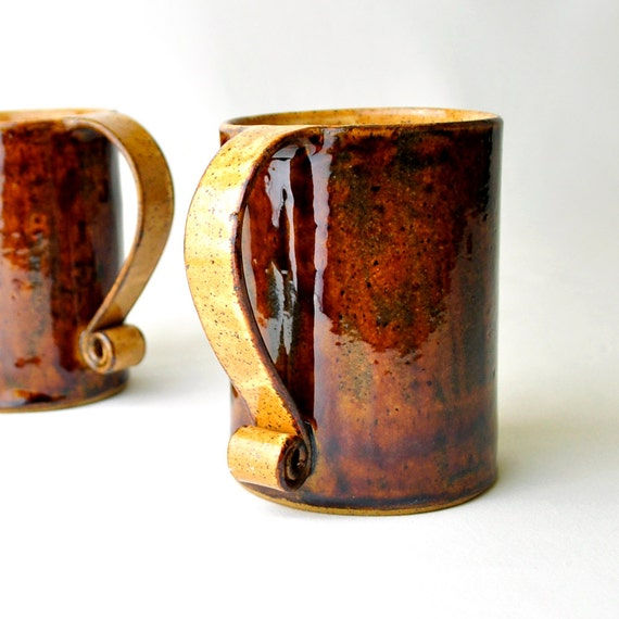 Ceramic Mugs Brown and Pumpkin Autumn Coffee or Tea Cups (Set of 2) Scroll Handle 16-oz