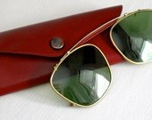 COOL DADDY-O Clip-on Sunglass shades in case