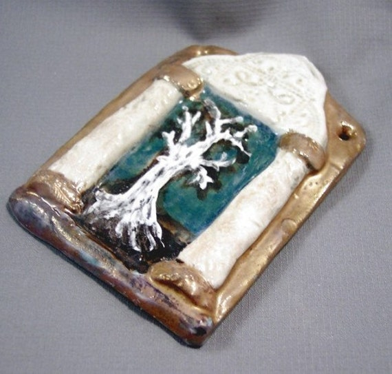 Ceramic Tiniest White Tree Temple Shrine, Personal Altar, Gold Accents