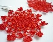 Little Moons Crocheted Earrings in red