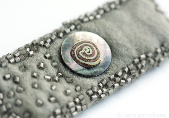 Urban Style Handmade Felt Pale Mossy Pin Brooch with Natural Leather and Mother of Pearl Detail - ready to ship