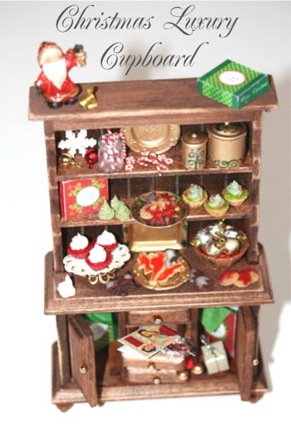 Christmas CUPBOARD - RESERVED for Sternchen