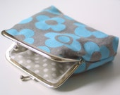 Summer Sale Turquoise Mod Flower purse