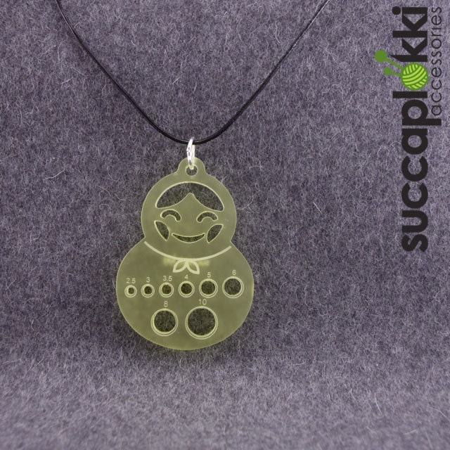 Knitting Needle Gauge Necklace : Olga knitters pendant necklace with a mm scale needle