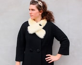 1960's vintage FUR COLLAR swing coat. M/L