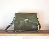 vintage scalloped OLIVE leather handbag.